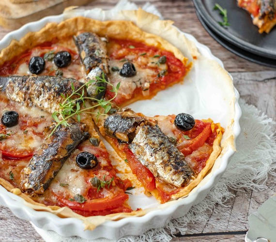 Tarte aux tomates, sardines et Comté